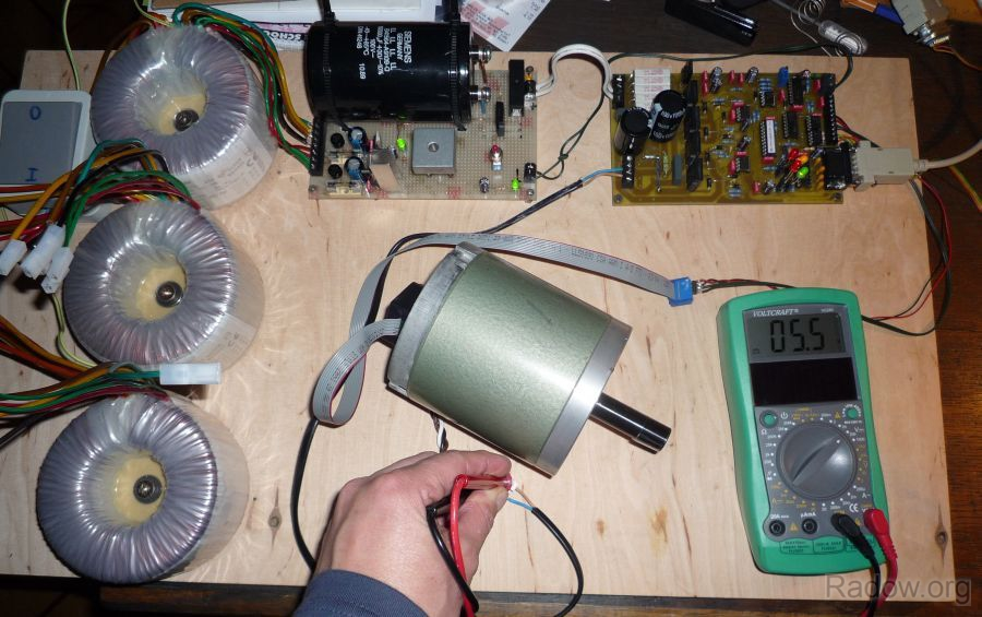 DC-Servomotorsteuerung - System UHU - Testaufbau (Radow © 2011)