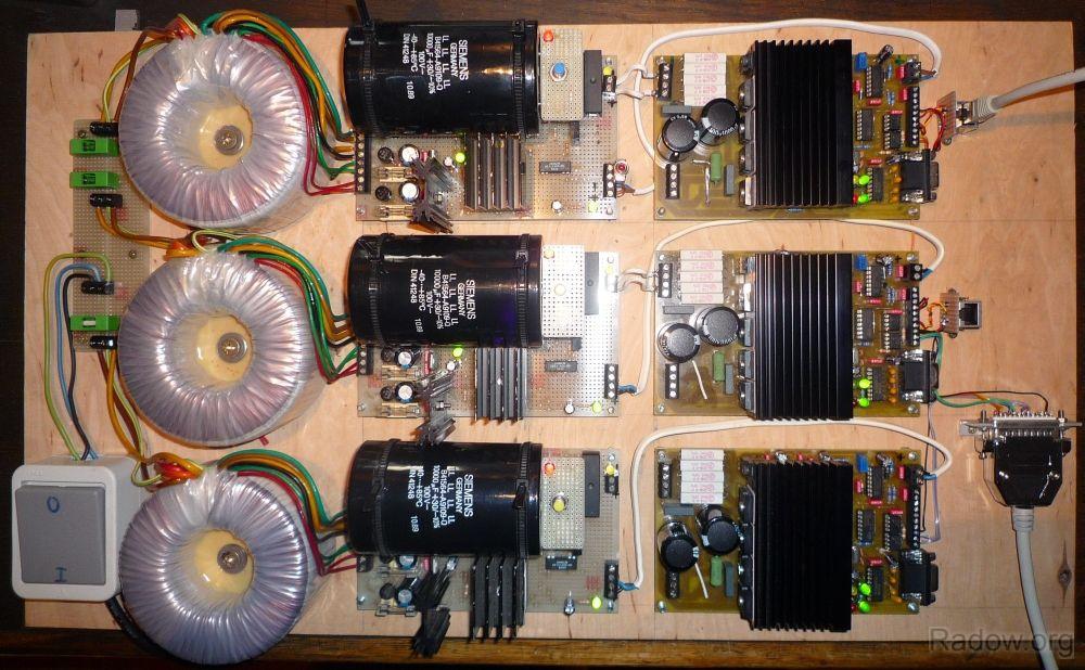 DC-Servomotorsteuerung für 3 Achsen (Radow © 2011)