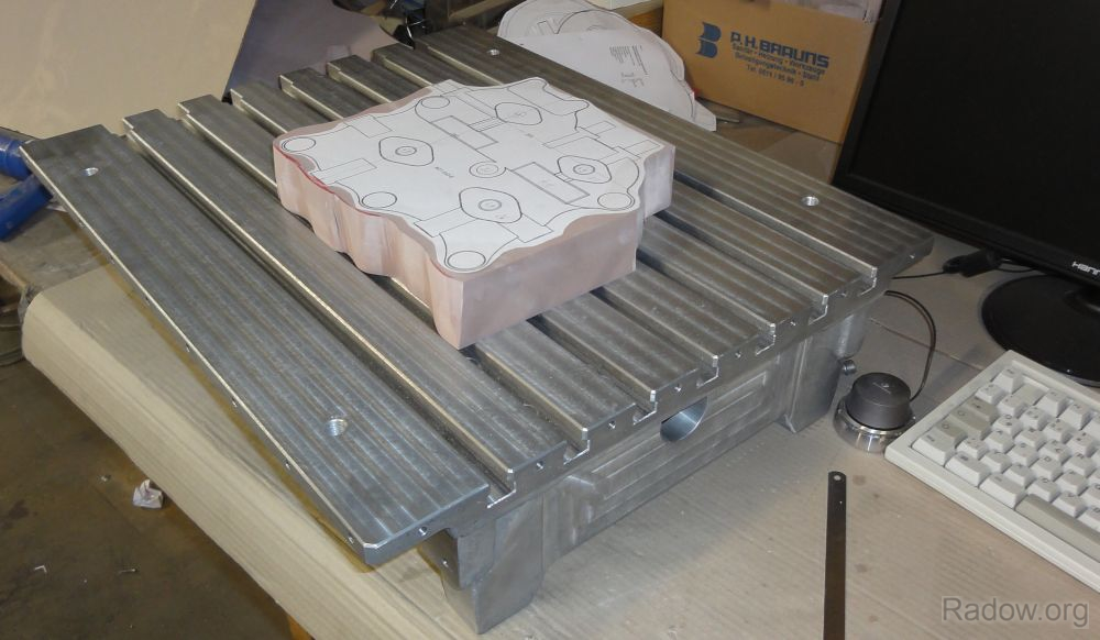 Fertiger Tisch mit zukünftigem Werkstück (Radow ©)