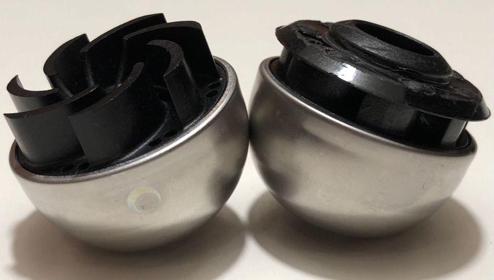 Lowara Pumpenräder im Vergleich. Förderhöhe in Meter Wassersäule: links 1 m, rechts 3 m