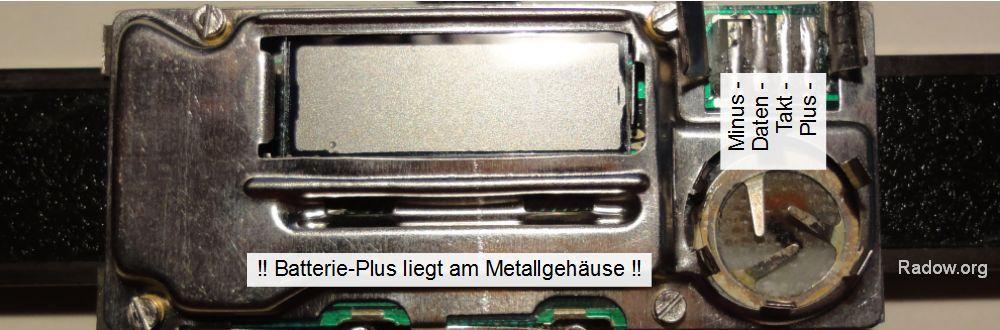 Batterie + am Gehäuse - ältere Messschieber