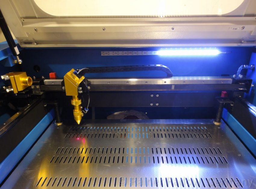 Shenhui G350 CO2 Laser – Arbeitsraum (2015)