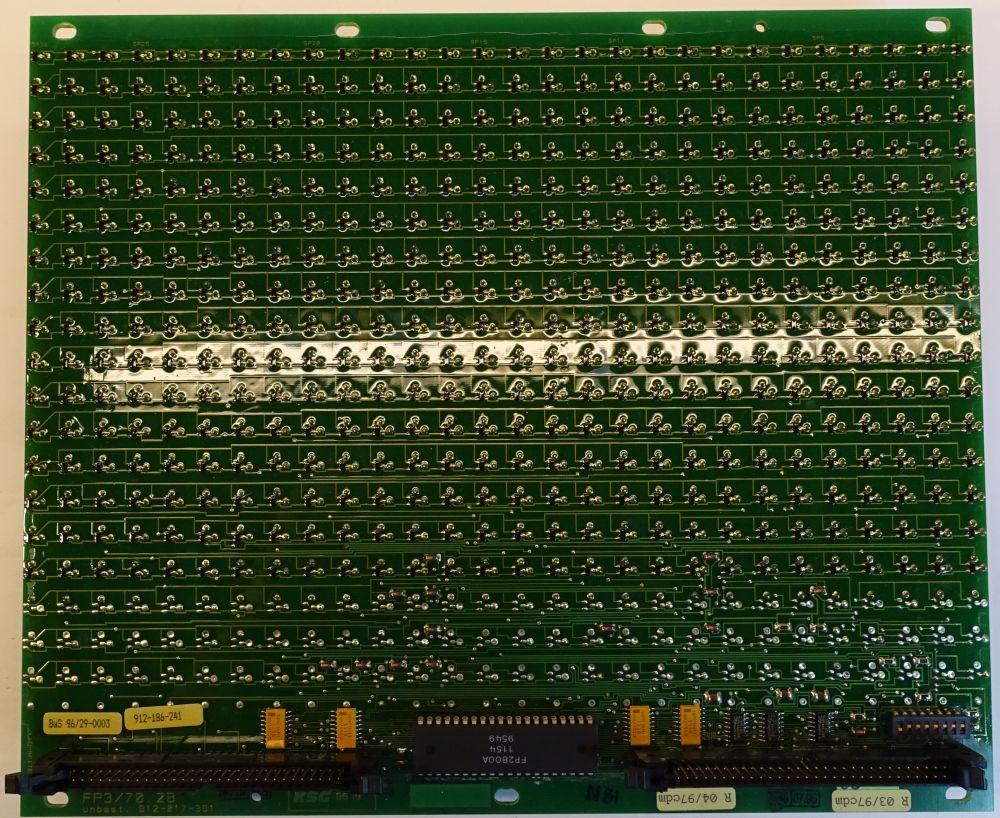 BROSE Flip-Dot Rückseite - 10 mm - 8-Eck - weiß - 28 x 16 Dots