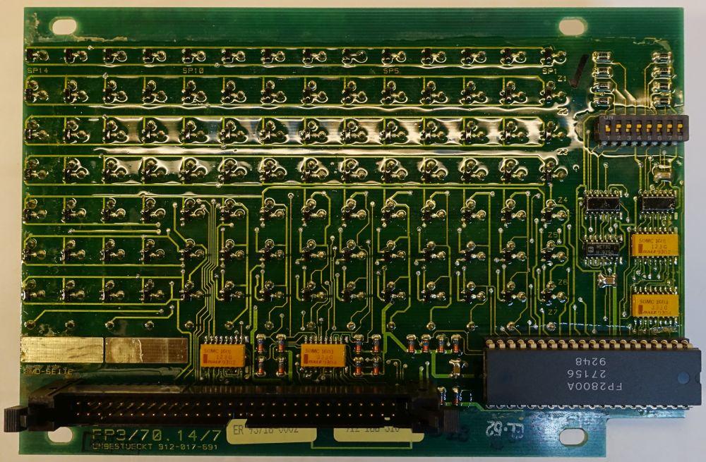 BROSE Flip-Dot Rückseite - 10 mm - 8-Eck - gelb - 14 x 7 Dots