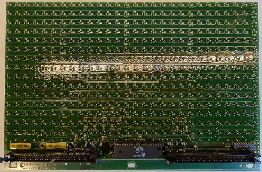 BROSE Flip-Dot Rückseite - 10 mm - rund - gelb - 28 x 11 Dots ungestoppt