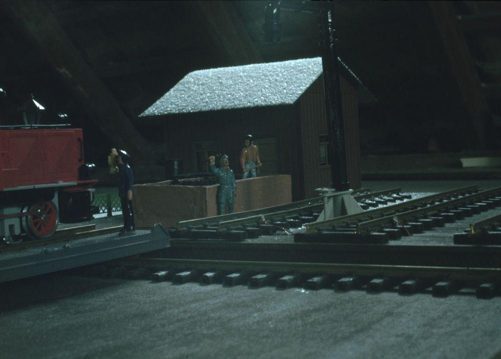 Schnee auf der selbstgebauten Schiebebühne - 197?