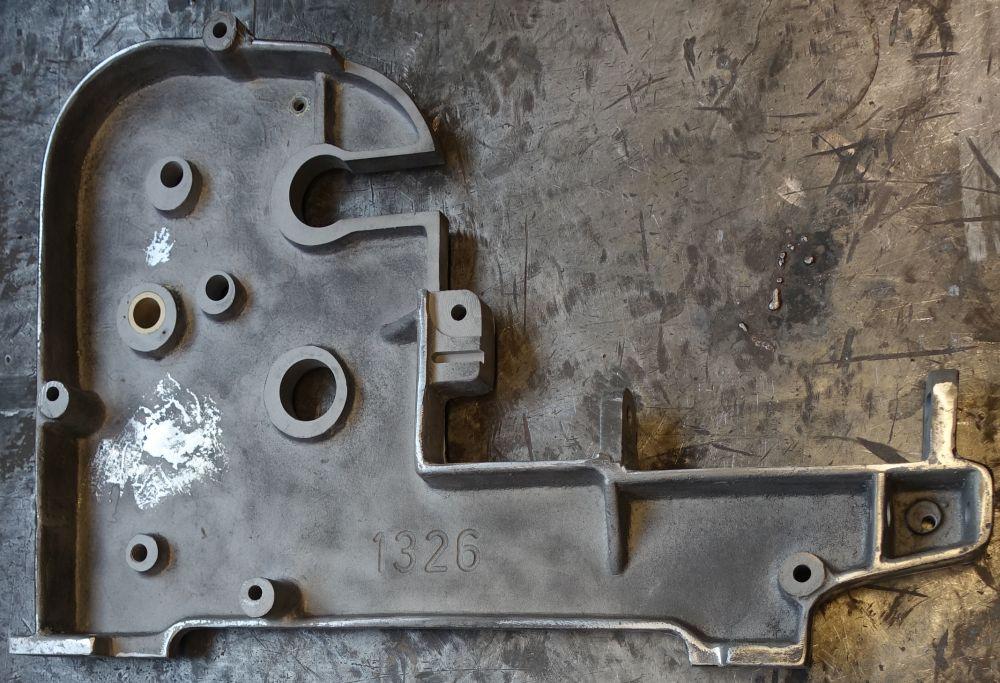Bei der Aufarbeitung des RNK Gebäckformers trat die Gussteilnummer 1326 zum Vorschein